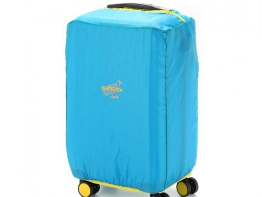 Плюсы и минусы пластиковых чемоданов
